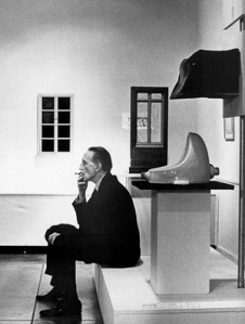 julian-wasser-marcel-duchamp-fountain-1963